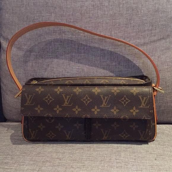 674deef3 Authentic Louis Vuitton Viva Cite MM bag